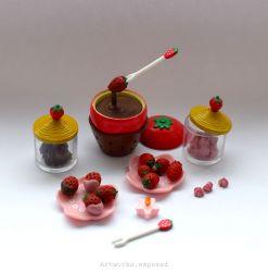ReMent Strawberry Fondue