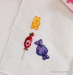 Stitchtember3-GummyBear